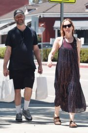 Leslie Mann and Judd Apatow Shopping at Brentwood Country Mart 2018/06/03 6