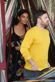 Lily Aldridge and Caleb Followill Out for Dinner in Los Angeles 2018/06/20 6