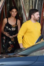 Lily Aldridge and Caleb Followill Out for Dinner in Los Angeles 2018/06/20 8