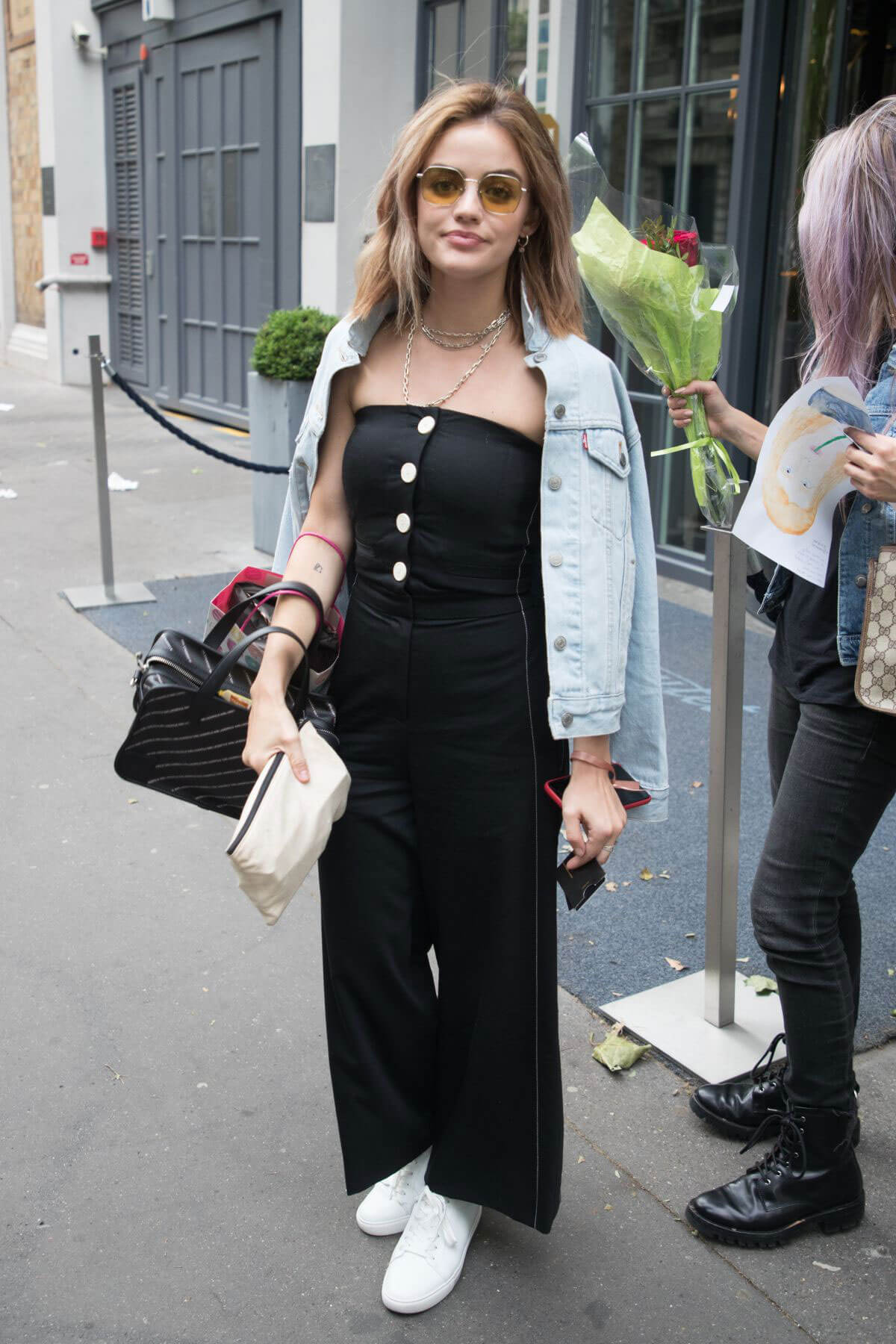 Lucy Hale Arrives at Her Hotel in Paris 2018/06/03 4