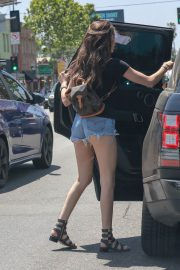 MADISON BEER in Denim Shorts Out in Los Angeles 2018/06/01 6