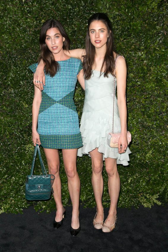 Margaret and Rainey Qualley at Chanel Dinner Celebrating Our Majestic Oceans in Malibu 2018/06/02 13