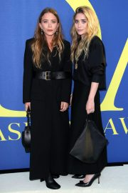 Mary Kate and Ashely Olsen Stills at CFDA Fashion Awards in New York 2018/06/05 5