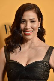 Michaela Conlin at Yellowstone Show Premiere in Los Angeles 2018/06/11 7