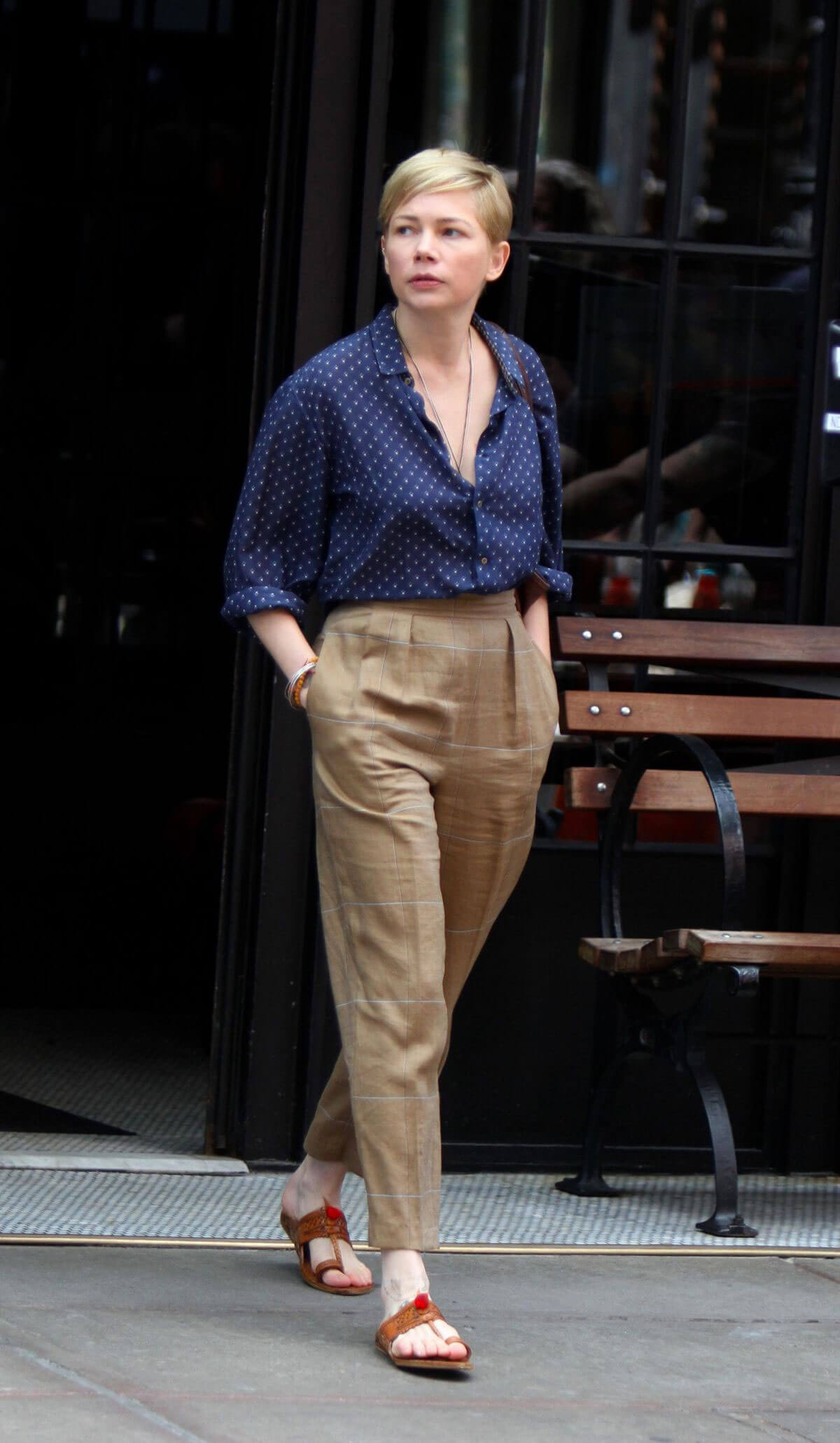 michelle williams on the set of after the wedding in new