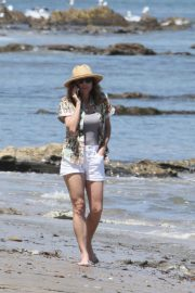 Minnie Driver Out on the Beach in Los Angeles 2018/05/30 9