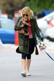 Naomi Watts Out with Her Dogs in New York 2018/05/30 9