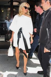 PAMELA ANDERSON Leaves Megyn Kelly Today Show in New York 2018/06/06 7