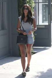 Pia Miller Leaves Alfred Coffee in West Hollywood 2018/06/20 1