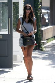 Pia Miller Leaves Alfred Coffee in West Hollywood 2018/06/20 7