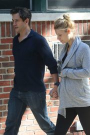 Pregnant Claire Danes and Hugh Dancy Out in New York 2018/06/12 1