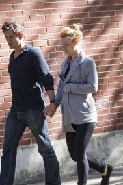 Pregnant Claire Danes and Hugh Dancy Out in New York 2018/06/12 9
