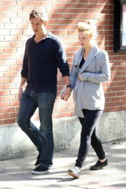 Pregnant Claire Danes and Hugh Dancy Out in New York 2018/06/12 10
