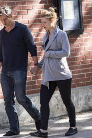 Pregnant Claire Danes and Hugh Dancy Out in New York 2018/06/12 12