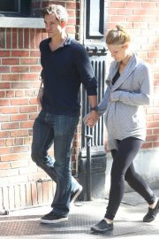 Pregnant Claire Danes and Hugh Dancy Out in New York 2018/06/12 13