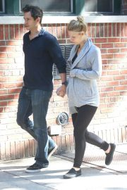 Pregnant Claire Danes and Hugh Dancy Out in New York 2018/06/12 16