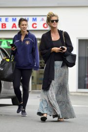 Rachel Hunter and Renee Hunter Out for Lunch in Los Angeles 2018/05/30 1