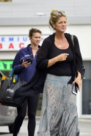 Rachel Hunter and Renee Hunter Out for Lunch in Los Angeles 2018/05/30 6