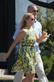 Reese Witherspoon Out for Lunch in Beverly Hills 2018/06/10 1