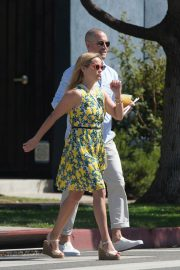 Reese Witherspoon Out for Lunch in Beverly Hills 2018/06/10 6