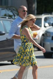 Reese Witherspoon Out for Lunch in Beverly Hills 2018/06/10 7