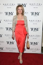 Renee Fleming at Tony Honors Cocktail Party in New York 2018/06/04 4