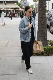 Rooney Mara Out for Lunch at Cafe Gratitude in Beverly Hills 2018/05/30 5