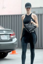 Rosie Huntington-Whiteley Leaves a Gym in West Hollywood 2018/05/31 3