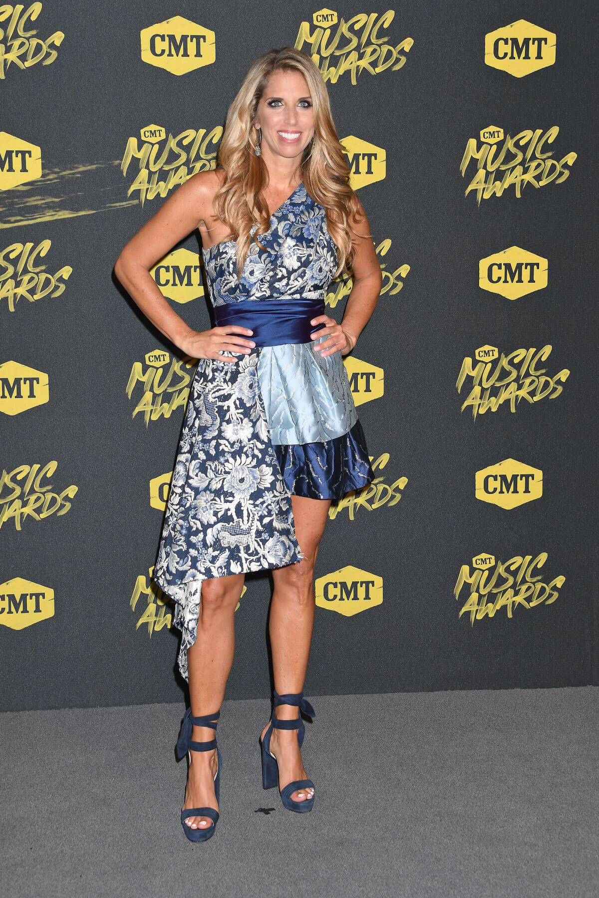 Sara Walsh at CMT Music Awards 2018 in Nashville 2018/06/06 2