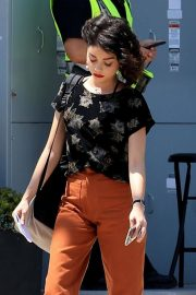 Sarah Hyland on the Set of The Wedding Year in West Hollywood 2018/05/31 10