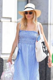 Sienna Miller Out and About in New York 2018/06/08 18