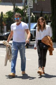 Stella Banderas Out for Lunch with Her Father Antonio in Beverly Hills 2018/06/06 14