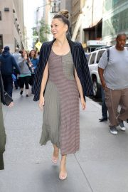 Sutton Foster Arrives at Today Show in New York 2018/06/05 2