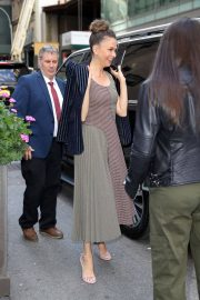 Sutton Foster Arrives at Today Show in New York 2018/06/05 8