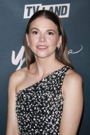 Sutton Foster at Younger Premiere in New York 2018/06/04 5