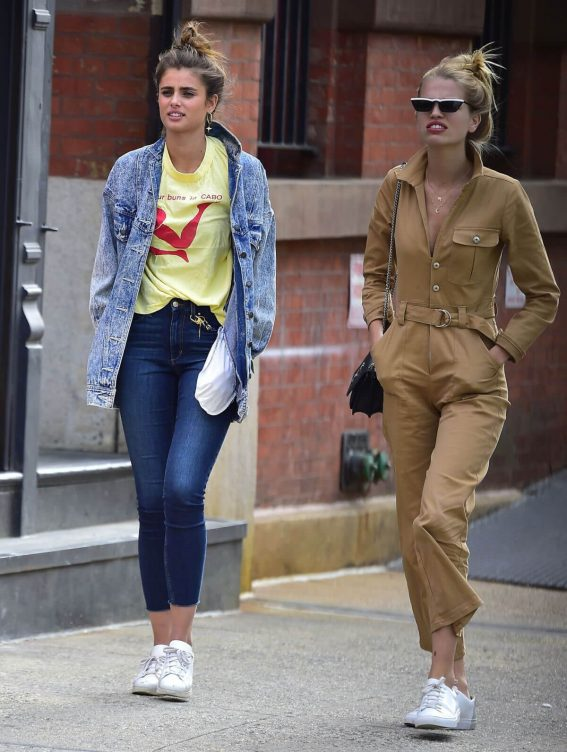 Taylor Hill and Daphne Groeneveld Out in New York 2018/06/08 10