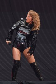 Taylor Swift at Her Reputation Tour at Etihad Stadium in Manchester 2018/06/08 1