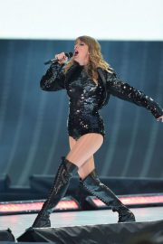 Taylor Swift at Her Reputation Tour at Etihad Stadium in Manchester 2018/06/08 12