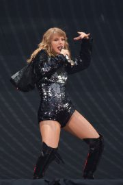 Taylor Swift at Her Reputation Tour at Etihad Stadium in Manchester 2018/06/08 13