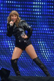 Taylor Swift at Her Reputation Tour at Etihad Stadium in Manchester 2018/06/08 20