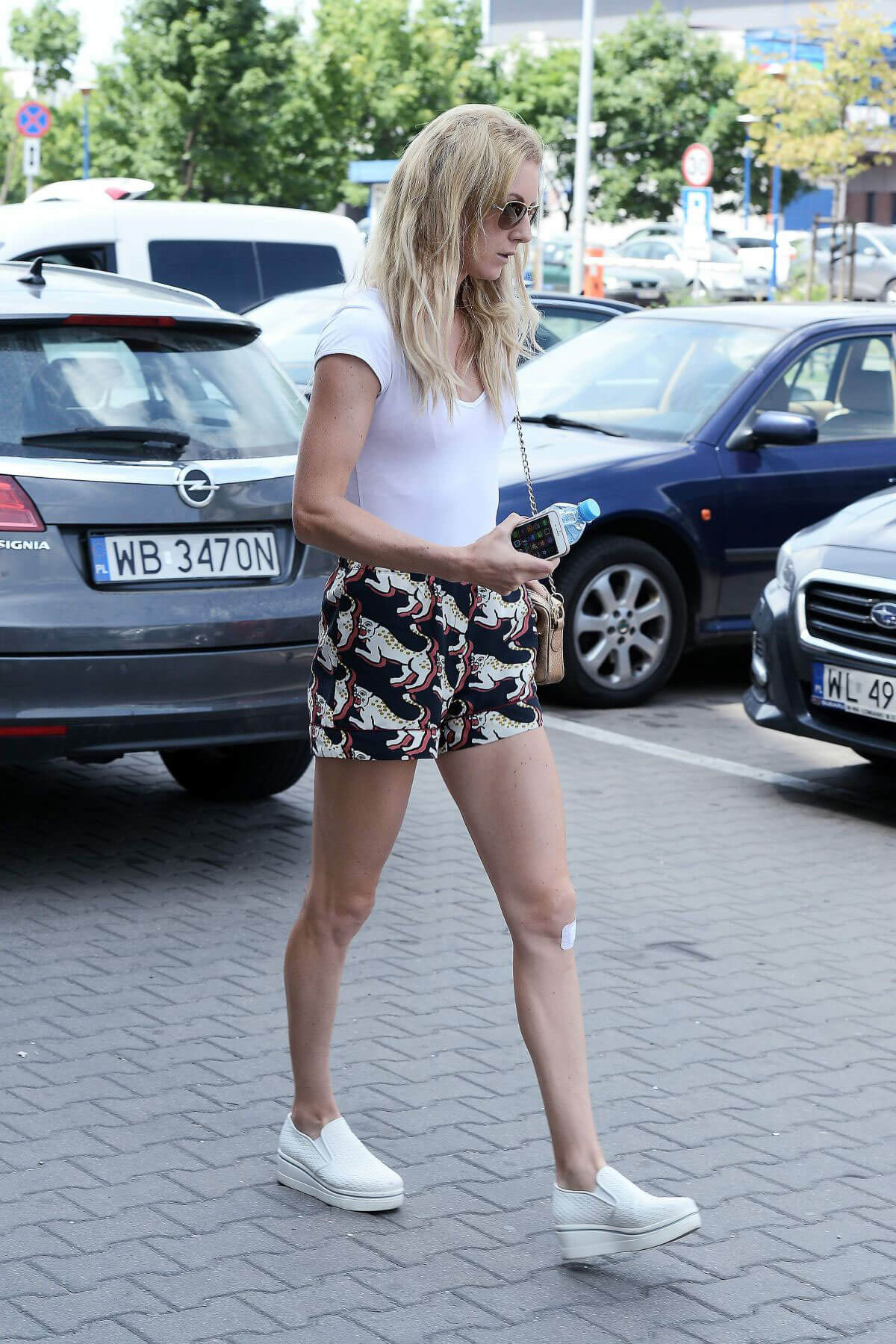 Urszula Radwanska Out and About in Warsaw 2018/06/12 1