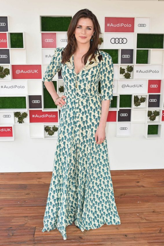 Aisling Bea at Audi Polo Challenge at Coworth Park Polo Club 2018/07/01 1