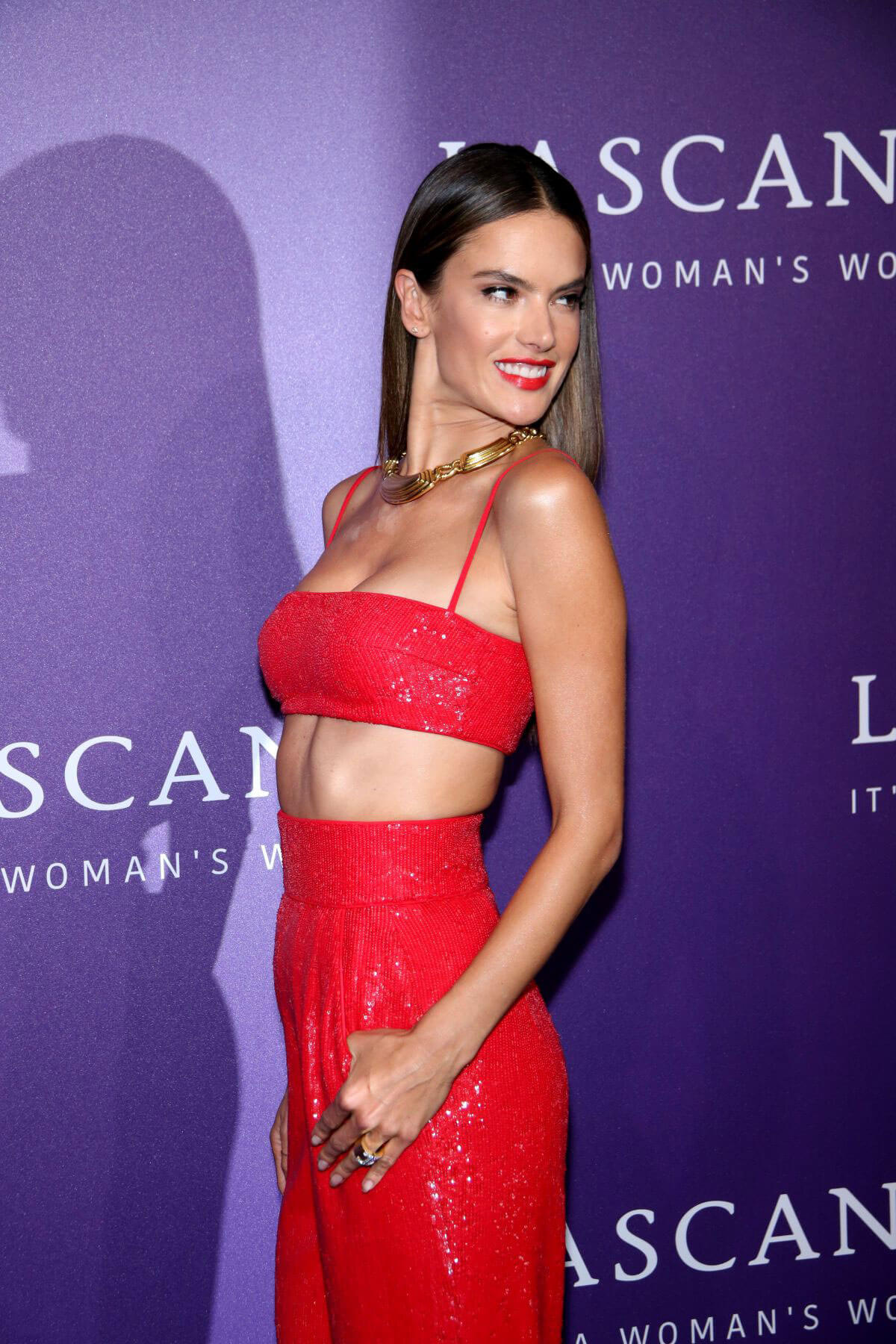 Alessandra Ambrosio at Its A Womans World Fashion Show in Berlin 2018/07/03 1