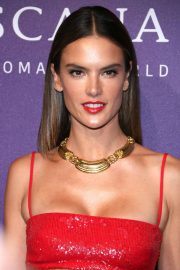 Alessandra Ambrosio at Its A Womans World Fashion Show in Berlin 2018/07/03 6