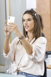 Alessandra Ambrosio on the Backstage of Zuhair Murad Fashion Show in Paris 2018/07/04 1
