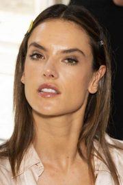 Alessandra Ambrosio on the Backstage of Zuhair Murad Fashion Show in Paris 2018/07/04 8