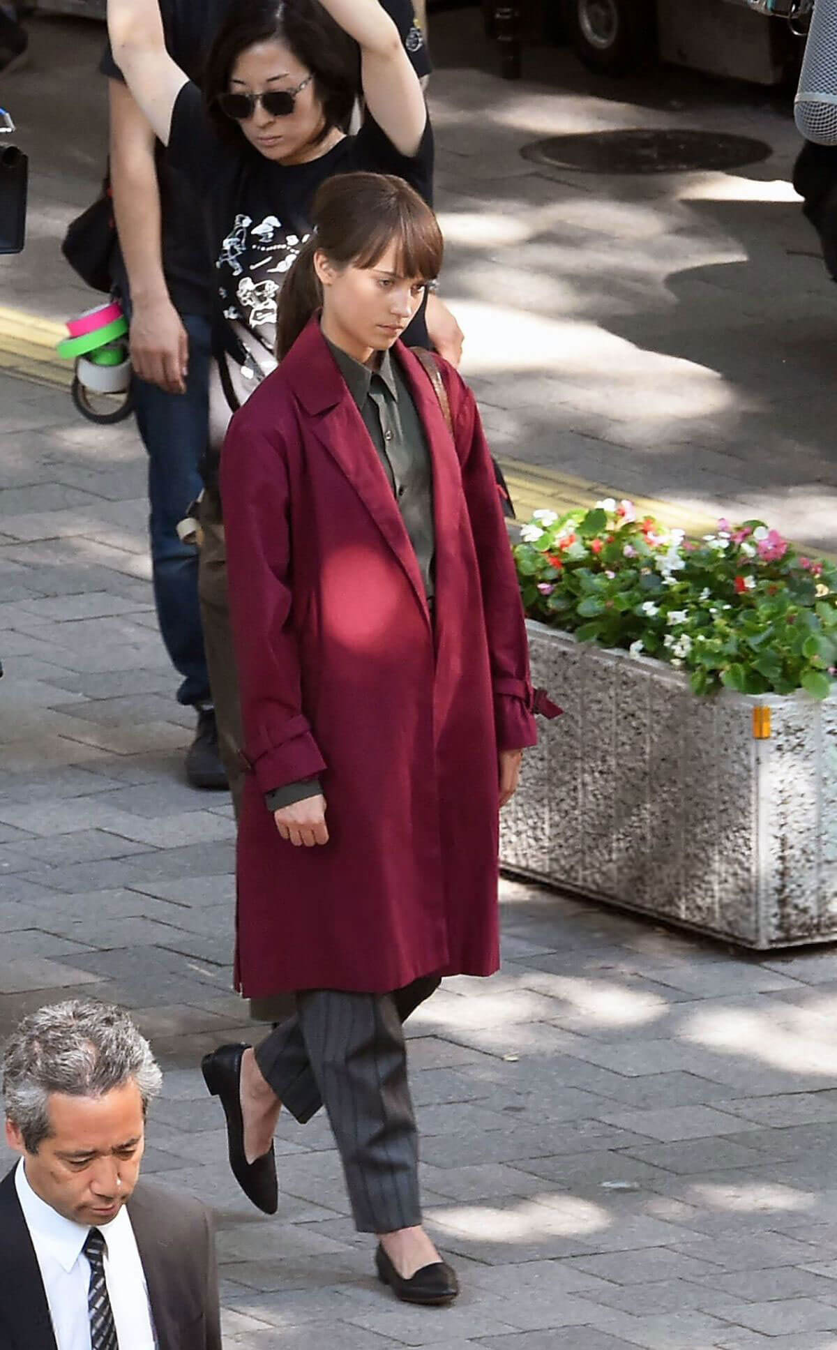 Alicia Vikander on the Set of The Earthquake Bird in Tokyo 2018/06/03 1