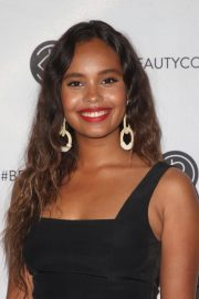 Alisha Boe at Los Angeles Beautycon Festival 2018/07/14 5