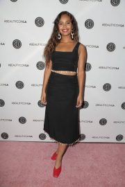 Alisha Boe at Los Angeles Beautycon Festival 2018/07/14 6