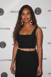Alisha Boe at Los Angeles Beautycon Festival 2018/07/14 7
